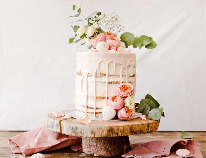 Naked cake fleurie