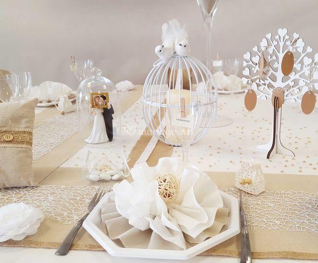 Decoration De Table Grise Et Rose Feerique