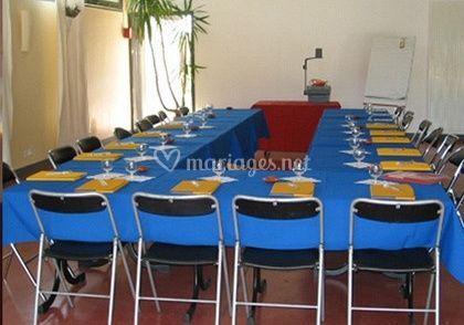 Tables disposée en U