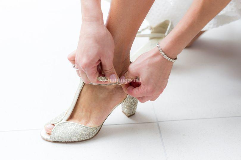 La mariée et ses chaussures