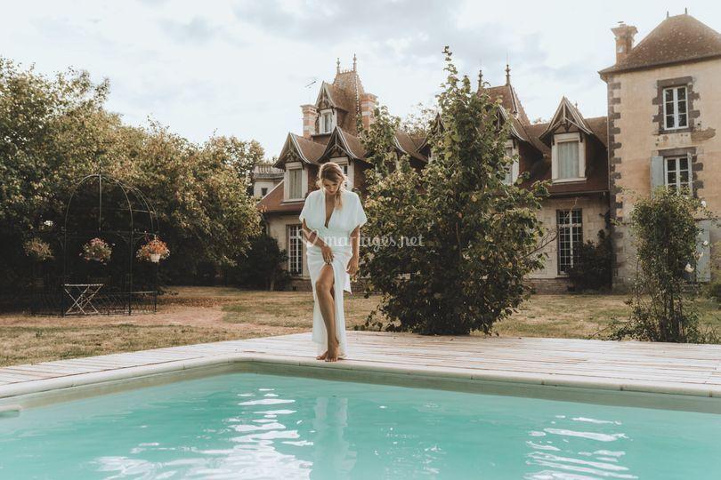 Piscine robe mariée underwater