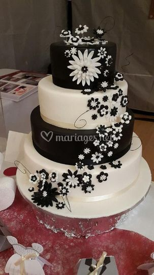 Wedding cake baroque