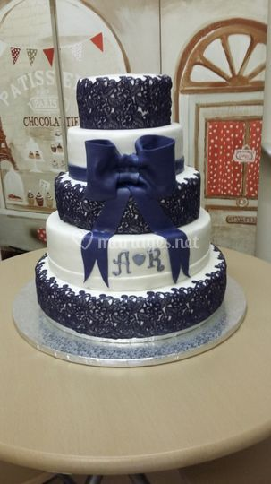 Wedding cake dentelle