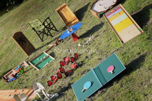 Artistes à l´affiche jeux géants en bois