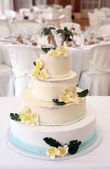 Wedding cake tiares