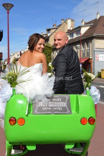 Mariés sur le véhicule