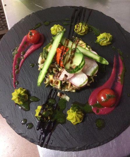 Tartare de crevettes et légumes