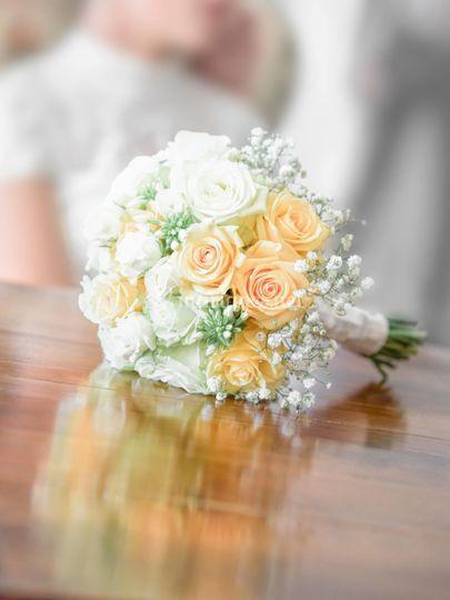 Bouquet de la mariée posé sur