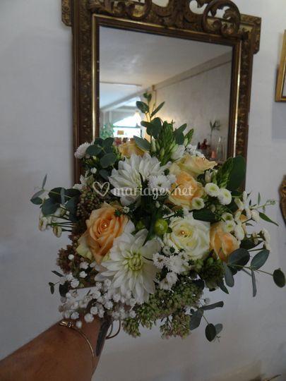 Bouquet mariée saumon