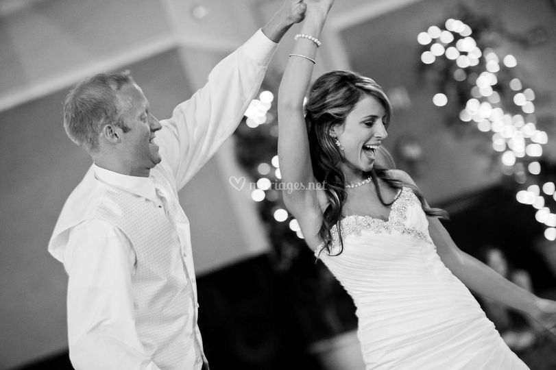Les mariés entrent en scène