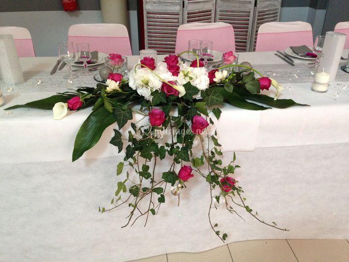 Bien connu Charmant Centre De Table D Honneur Mariage #9: Deco Table Vin D  FN23