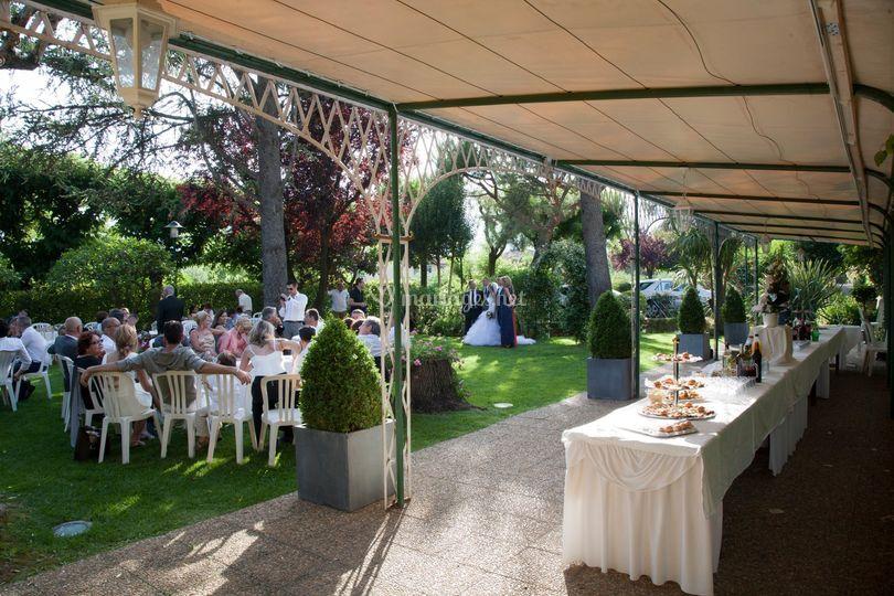 Jardin et buffet