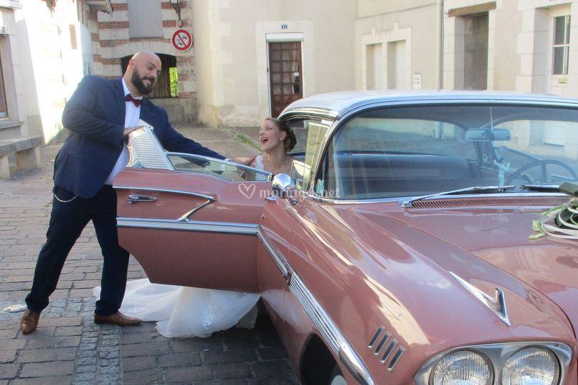 Les mariés en Chevrolet