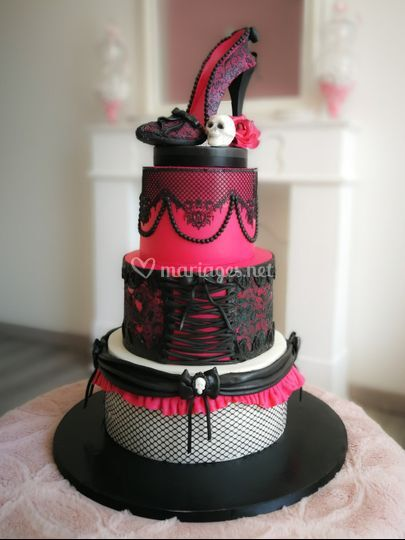 Wedding cake burlesque