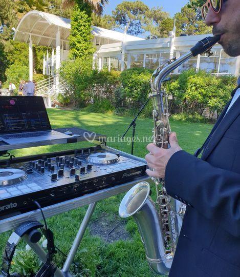 Dj set & saxophone lounge