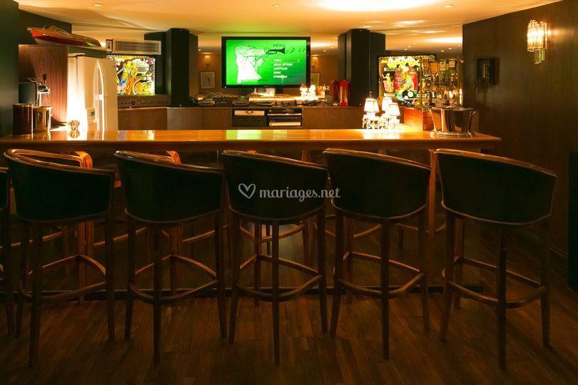 Sous-sol bar-discothèque