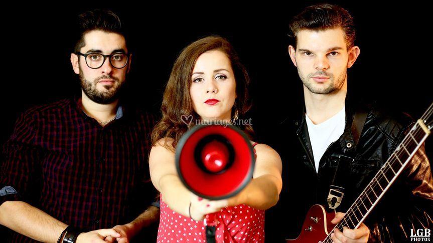 Alyx Dro Trio