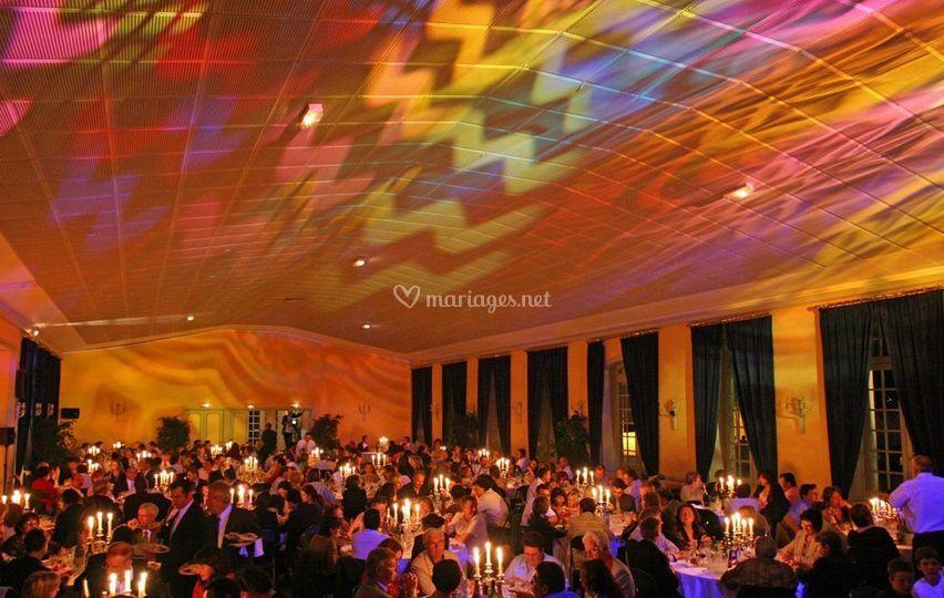 Plafond par jeu de lumière