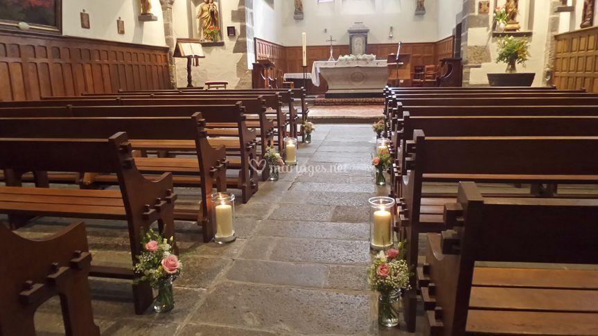 Allée église