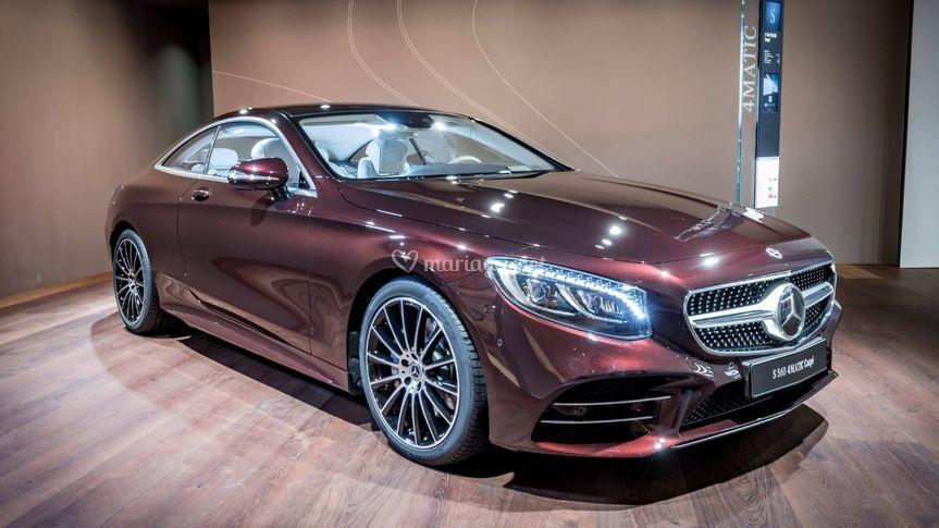 Mercedes-Benz Rent - Davis 28
