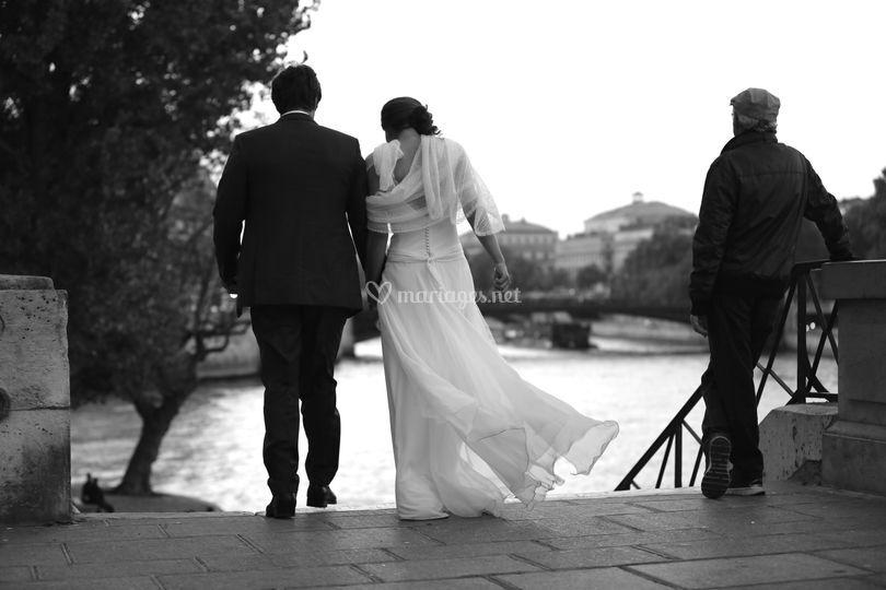 Les mariés sur les quais