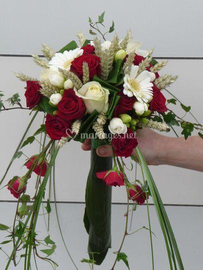 Bouquet rond chute/feuillage