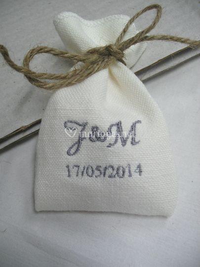 Cadeau d'invités pochons lin