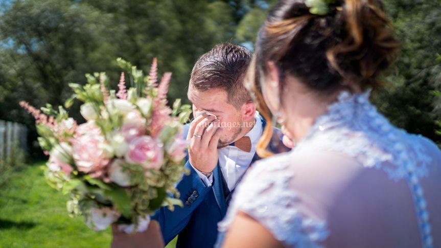 Des fleurs et des larmes