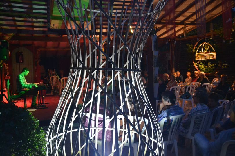 Mise en lumière par le bambou