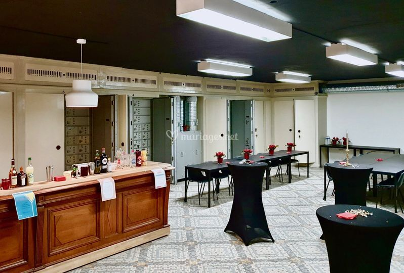 La salle des coffres & son bar