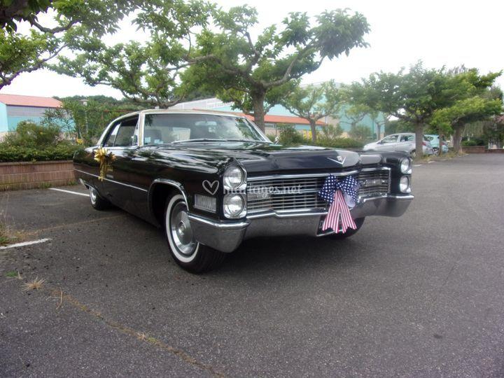 A deux en Cadillac..