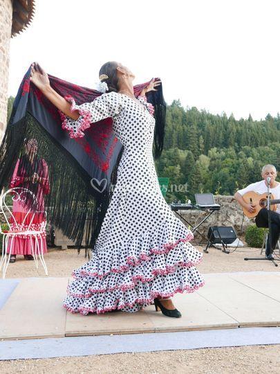 Danse Traine et Châle