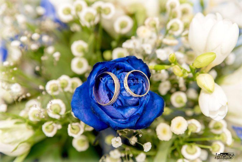 Bouquet avec alliance