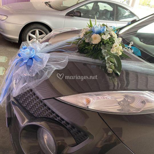 Voiture des mariés eucalyptus