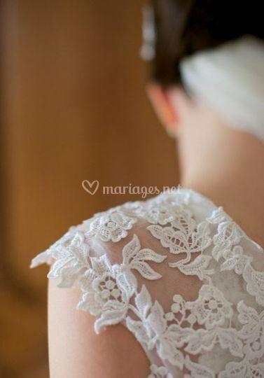 La robe : dentelle