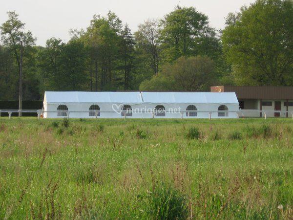 2 tentes juxtaposées