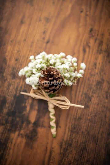 Boutonnière mariage hivernal