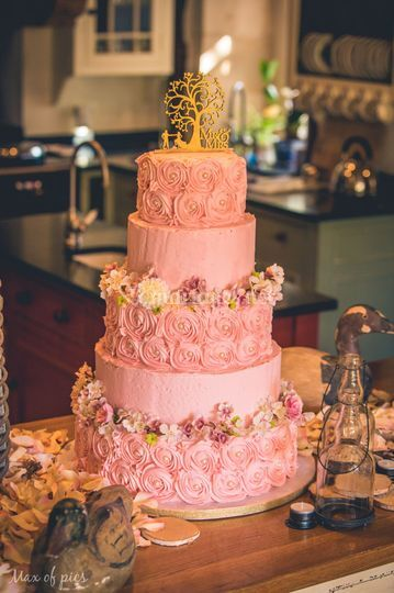 Wedding cake (naked cake)