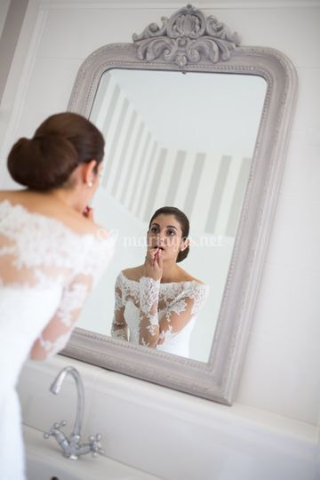 MV devant son miroir
