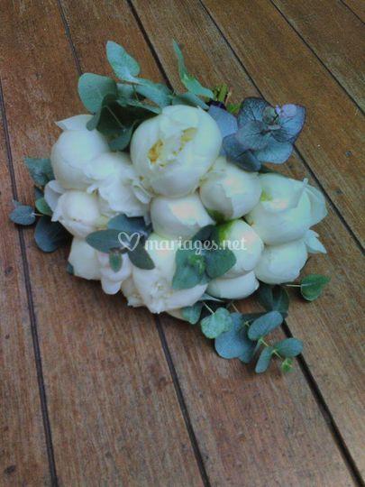 """Bouquet """"pivoine & eucalyptus"""""""