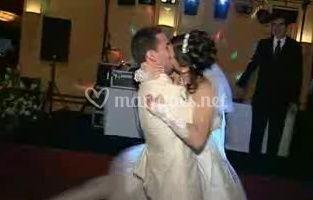 La danse de la mariée et le marié