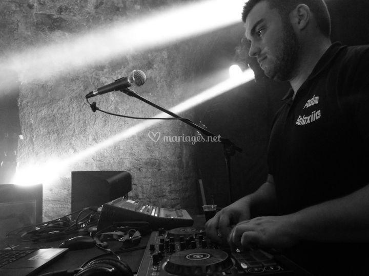 DJ Animateur de vos soirées
