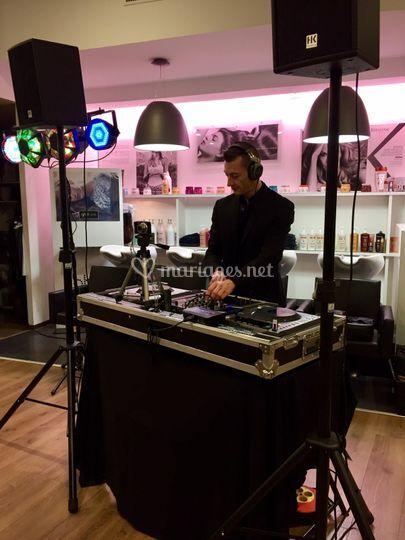 DJ Guzz en mix live