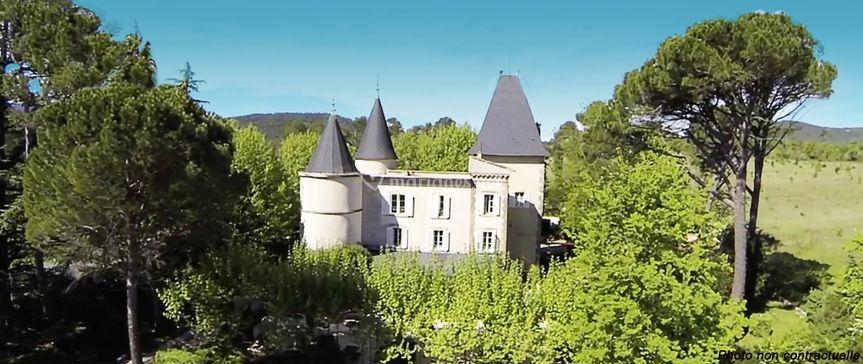 Vue aérienne - Château de Nans