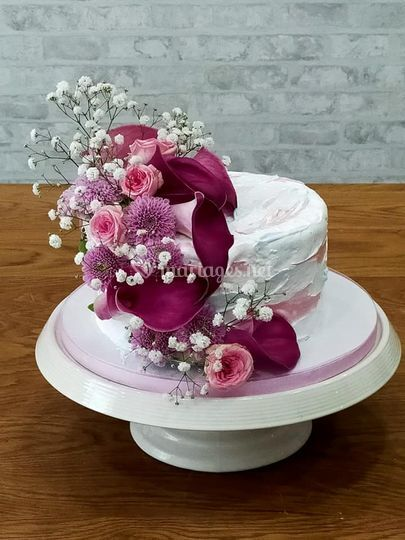 Petit wedding pastel