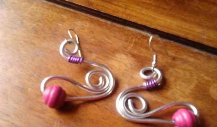 Boucles d'oreille en fil d'aluminium spirale