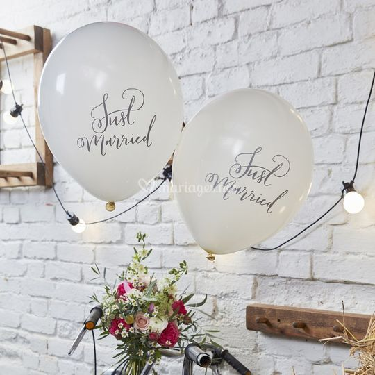 Ballons Just Married