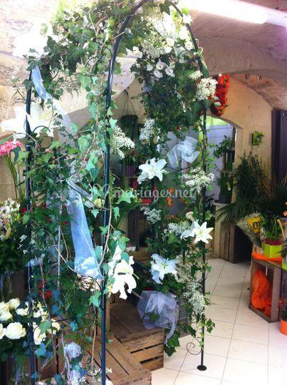 Arceau fleurs + lierre