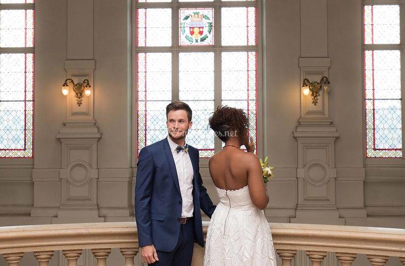 Couple attendant la cérémonie