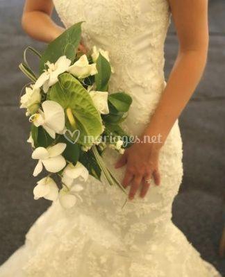 Bouquet blanc pour la mariée